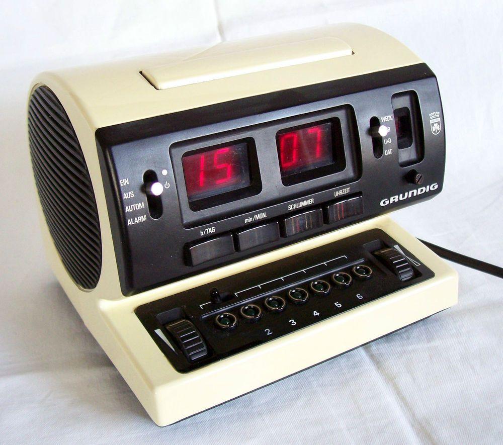 grundig sono clock 550a vintage radiowecker compact. Black Bedroom Furniture Sets. Home Design Ideas