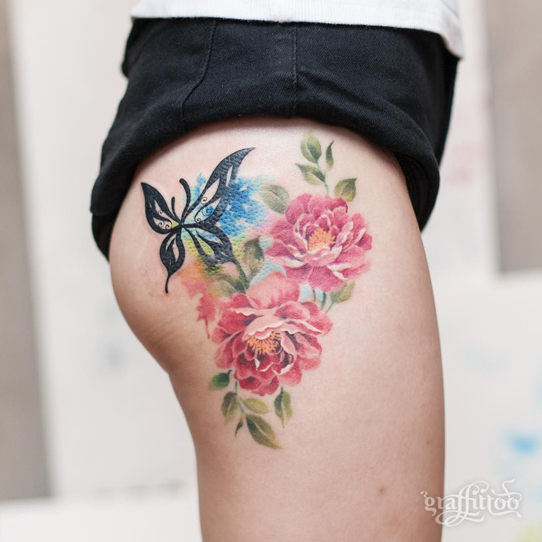 Peony (healed) & old tattoo touch up :) - #타투 #그라피투 #타투이스트리버 #디자인 #그림 #디자인 #아트 #일러스트 #tattoo #graffittoo #tattooistRiver #design #painting #drawing #art #Korea #KoreaTattoo #peonytattoo #flowertattoo #모란타투 #작약타투 #꽃타투