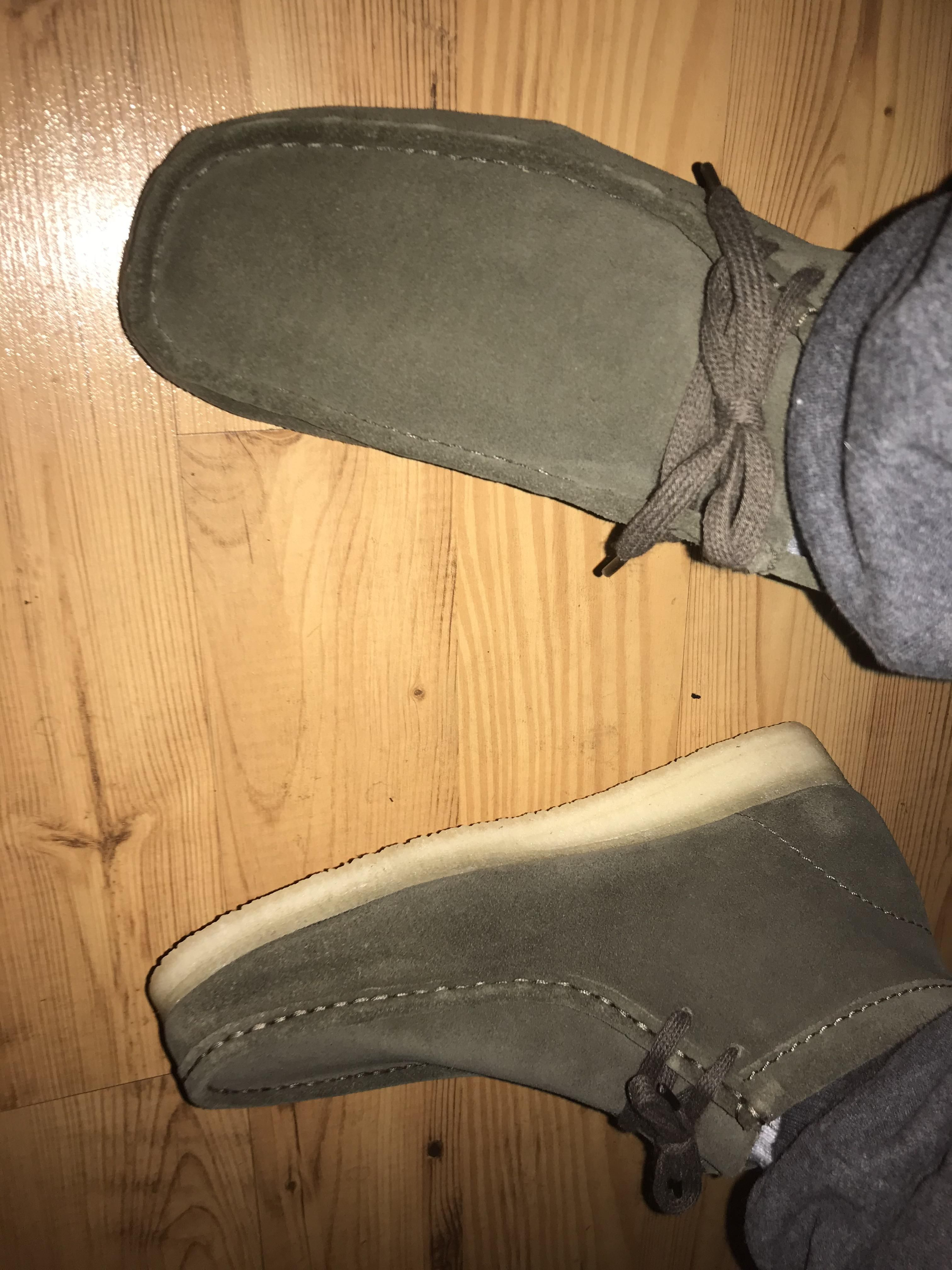 Clarks Wallabees . Olive