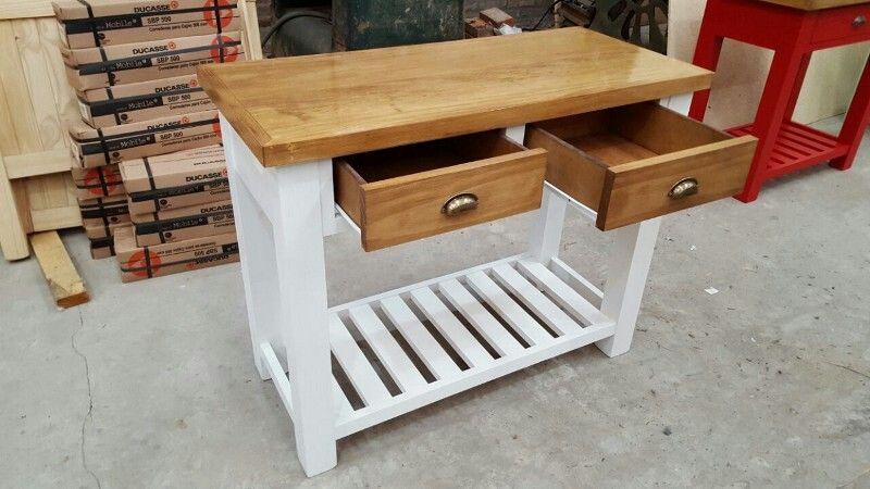 Mesa auxiliar o mesa queso