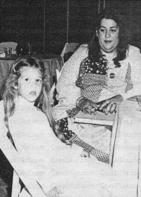 Cass Elliot Daughter Mama Cass Daughter Owen Vanessa Celebrity Siblings Young Celebrities Iconic Women Owen eugene elliot was born on month day 1810, at birth place , to richard elliot and eleanor (nellie) elliot (born bolton). mama cass daughter owen vanessa