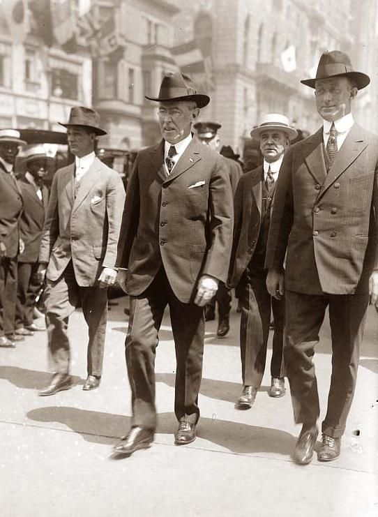 president woodrow wilson needed to make the Thomas woodrow wilson, america's 28 th president, was a man of many contradictions he wanted to keep america neutral during wwi, yet he also declared war against germany he wanted to keep america neutral during wwi, yet he also declared war against germany.