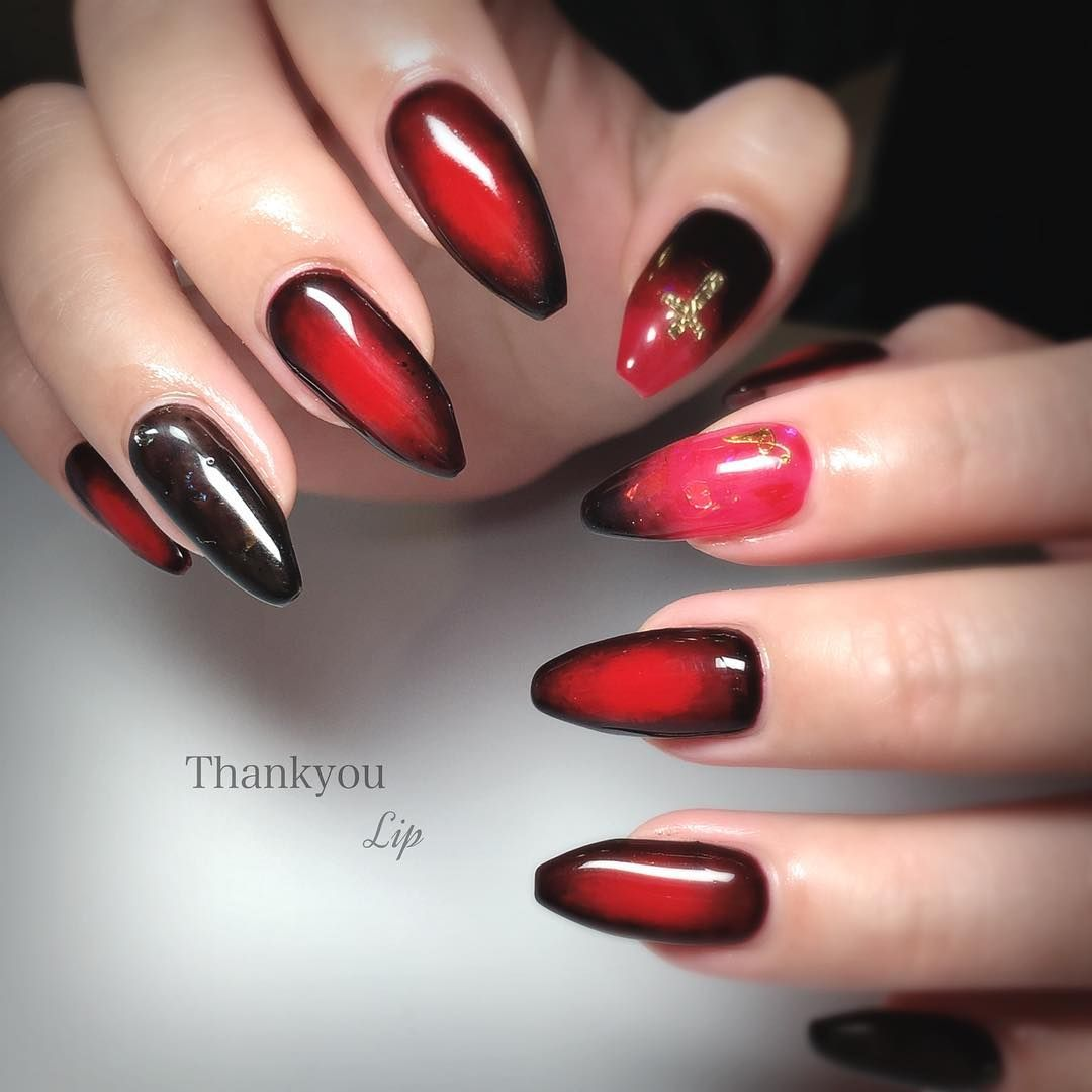 Lip on Instagram \u201c赤ネイル黒グラデかっこいいネイル