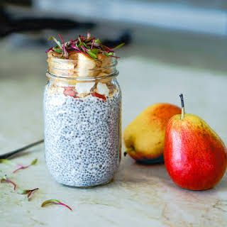 Healthy Pear Chia Seed Pudding #chiaseedpudding