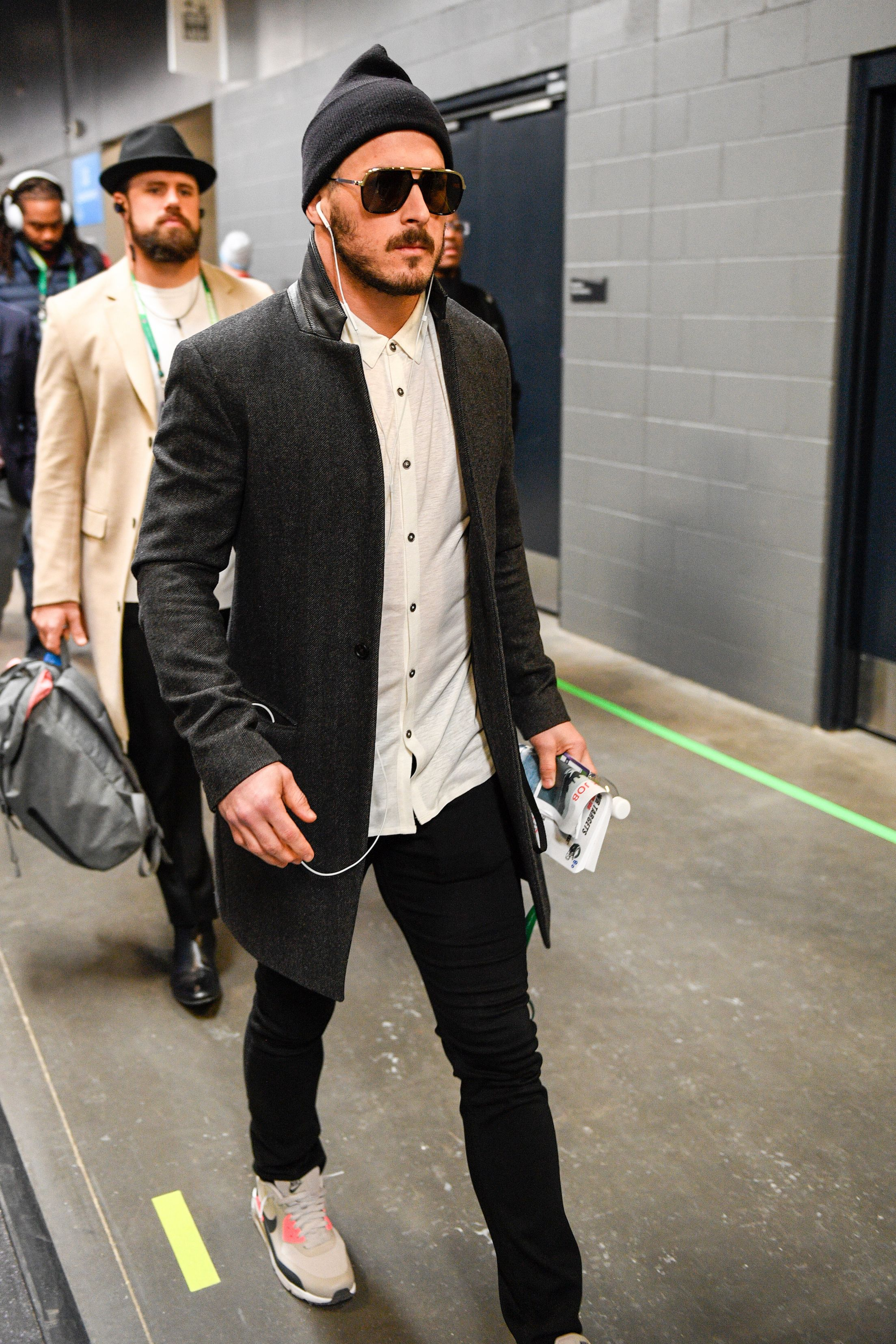 New England Patriots Wr Danny Amendola Showing Up To Sblii To Do