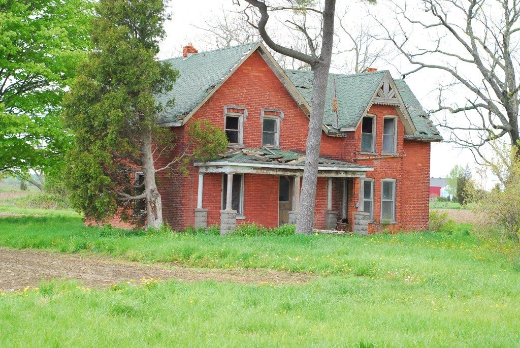 Brick Victorian Abandoned House In Chatham Kent Ontario