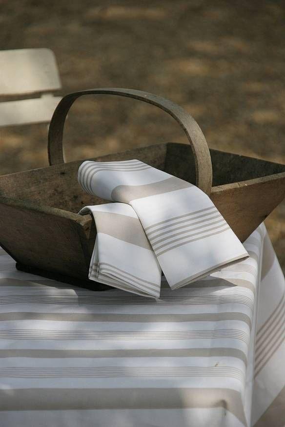 £20 - original pavilion napkins all made in england