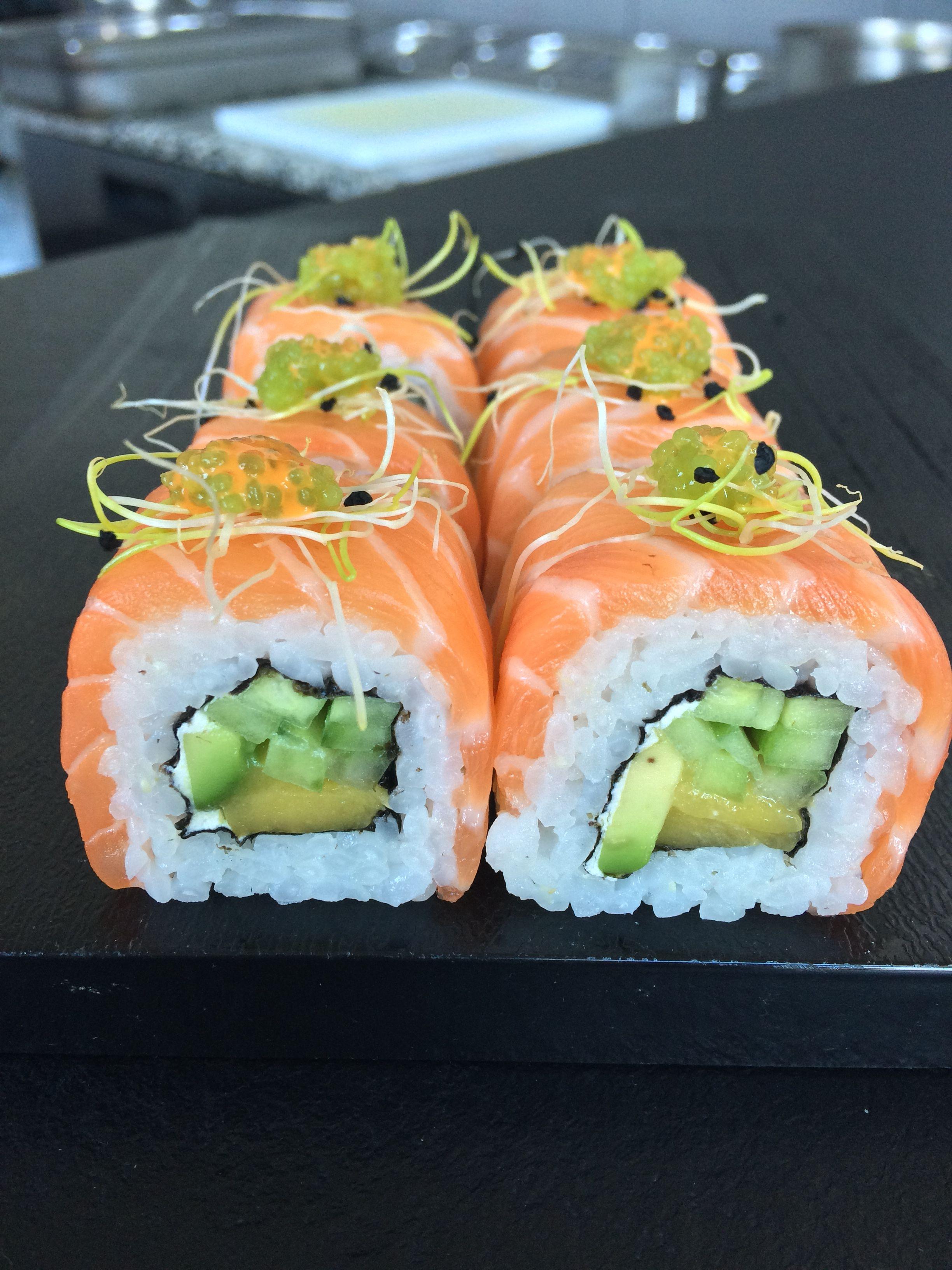 Saumon rolls en 2019 | Recette sushi, Cuisine japonaise et ...