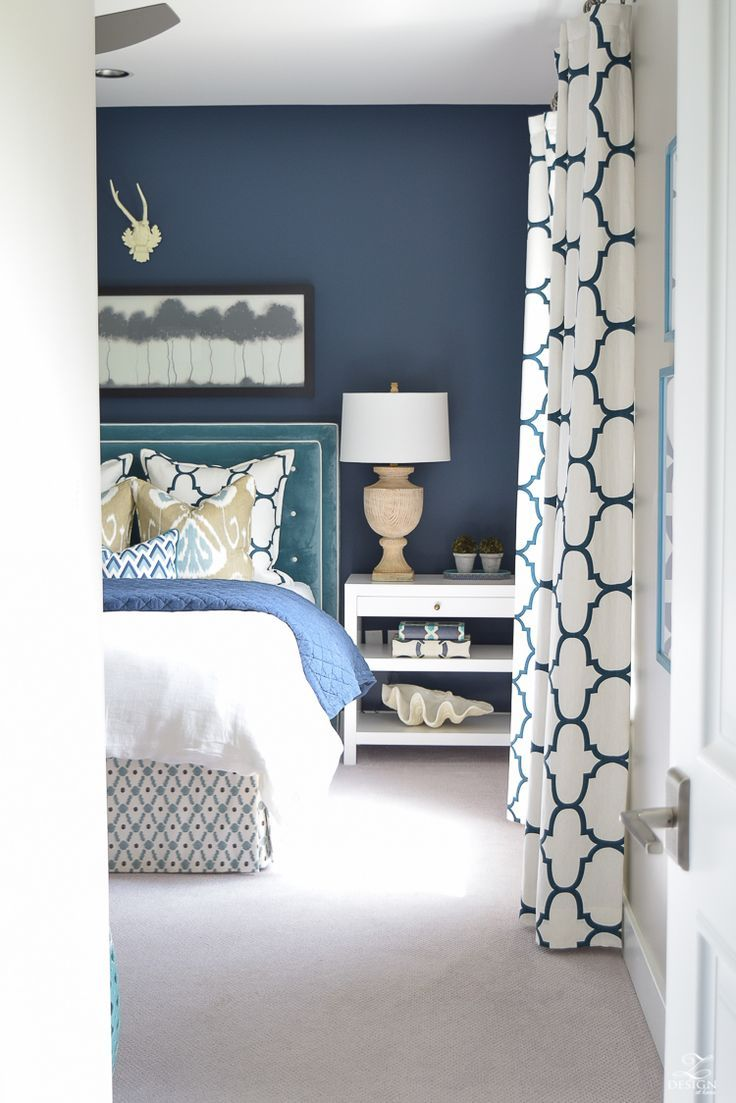 Curtains For A Blue Room A Guest Room Retreat Tour Best Of Home Bloggers Navy Bedrooms