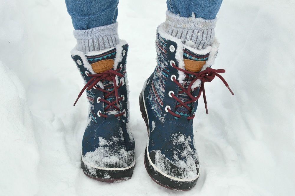 Keen Elsa winter snow boots on a