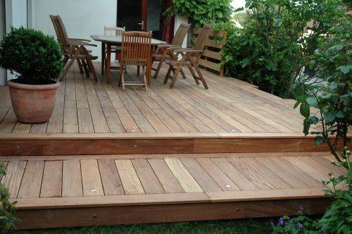 Construire une terrasse à 2 niveaux idée déco Pinterest - construire sa terrasse en bois soimeme