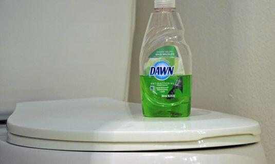 24 Survival Tips For Living Alone Household Hacks Dishwasher Soap Cleaning Hacks