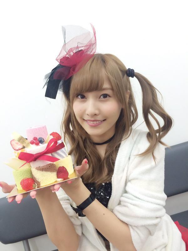 "So cute deco role cakes from Hinako Sano.   Kento Yamazaki, Masataka Kubota, Hinako Sano.  J drama series ""Death Note"",   [Ep. w/Eng. sub] http://www.dramatv.tv/search.html?keyword=Death+Note+%28Japanese+Drama%29"