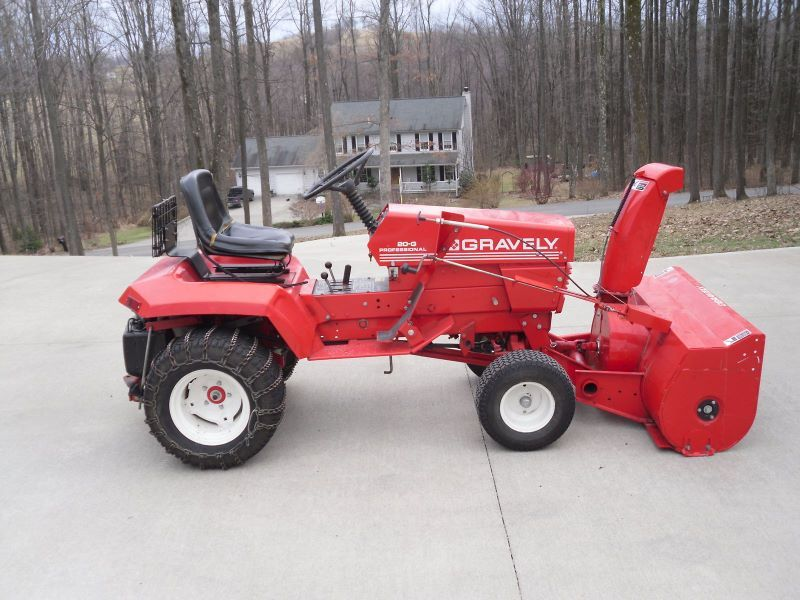 Gravely 20 G With 48 Snowblower And Chains Tractors Pinterest Tractor Aircraft Engine
