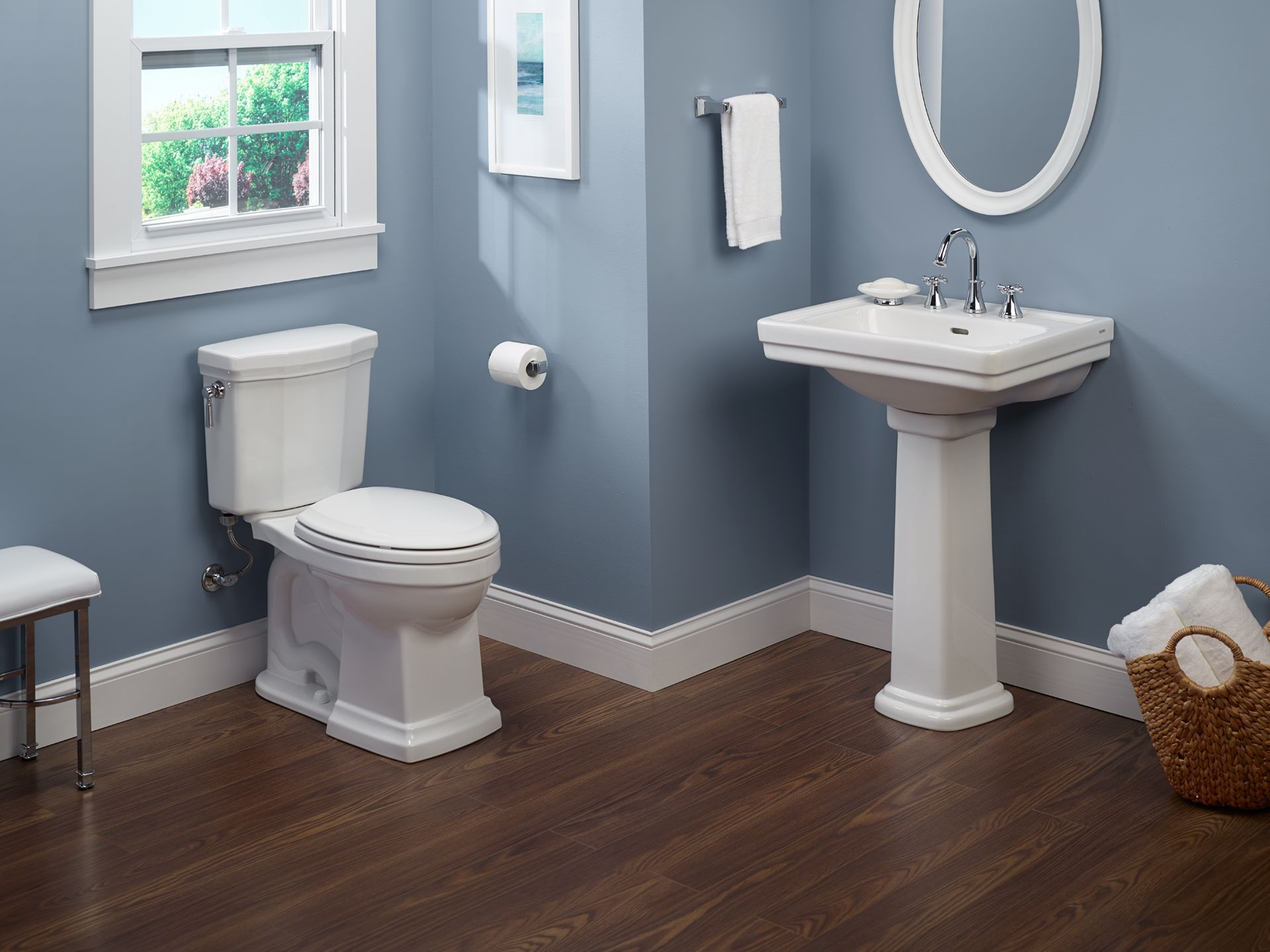 Elegantly designed for a more traditional bathroom, the Promenade II ...