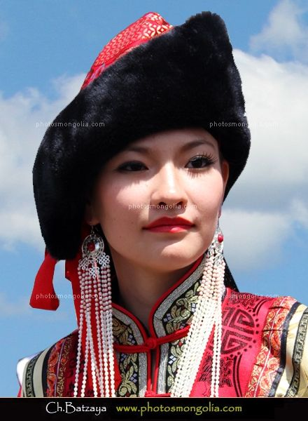 9dc1c5f9155 many of the traditional hat for mongolian women. Ethnic Fashion