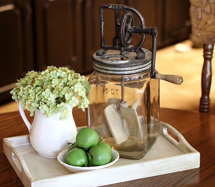 Kitchen Table Idea A Little Old School But Still Cute Dining Table Centerpiece Dining Room