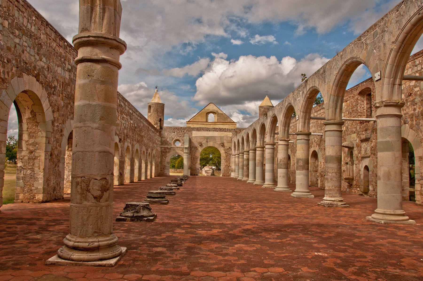 EstiloDF » El gigante ex Convento de Culiápam y prisión de Vicente Guerrero