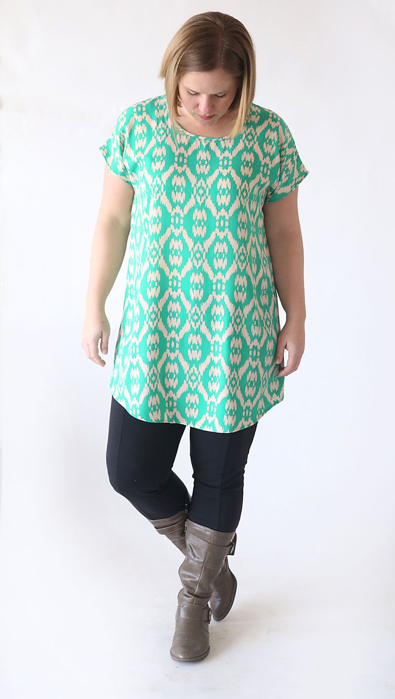8fa951f6c67 This easy to sew tunic pattern only has two pieces and is free in women's  size L! Quick, easy sewing tutorial, perfect for spring.