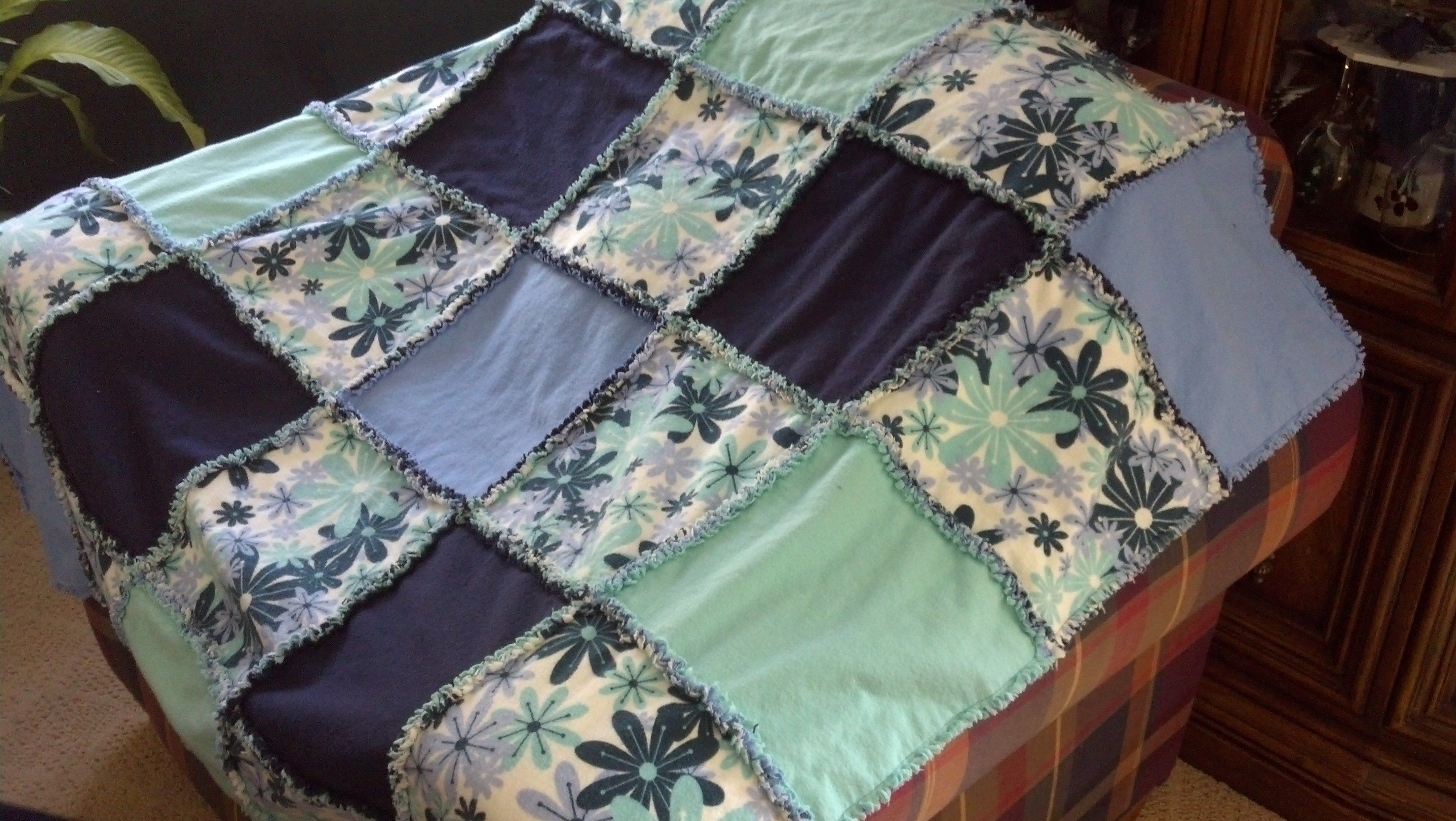 Rag Quilt Lap Size Rag Quilt Quilts Blanket