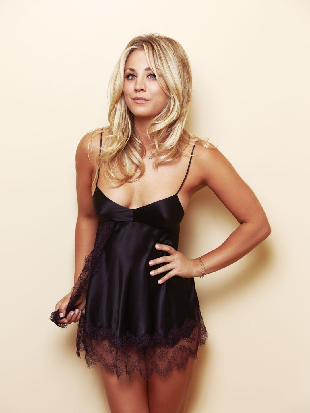 Kaley Cuoco | Kaley Cuoco – Esquire-09 - Full Size | Favorites ...