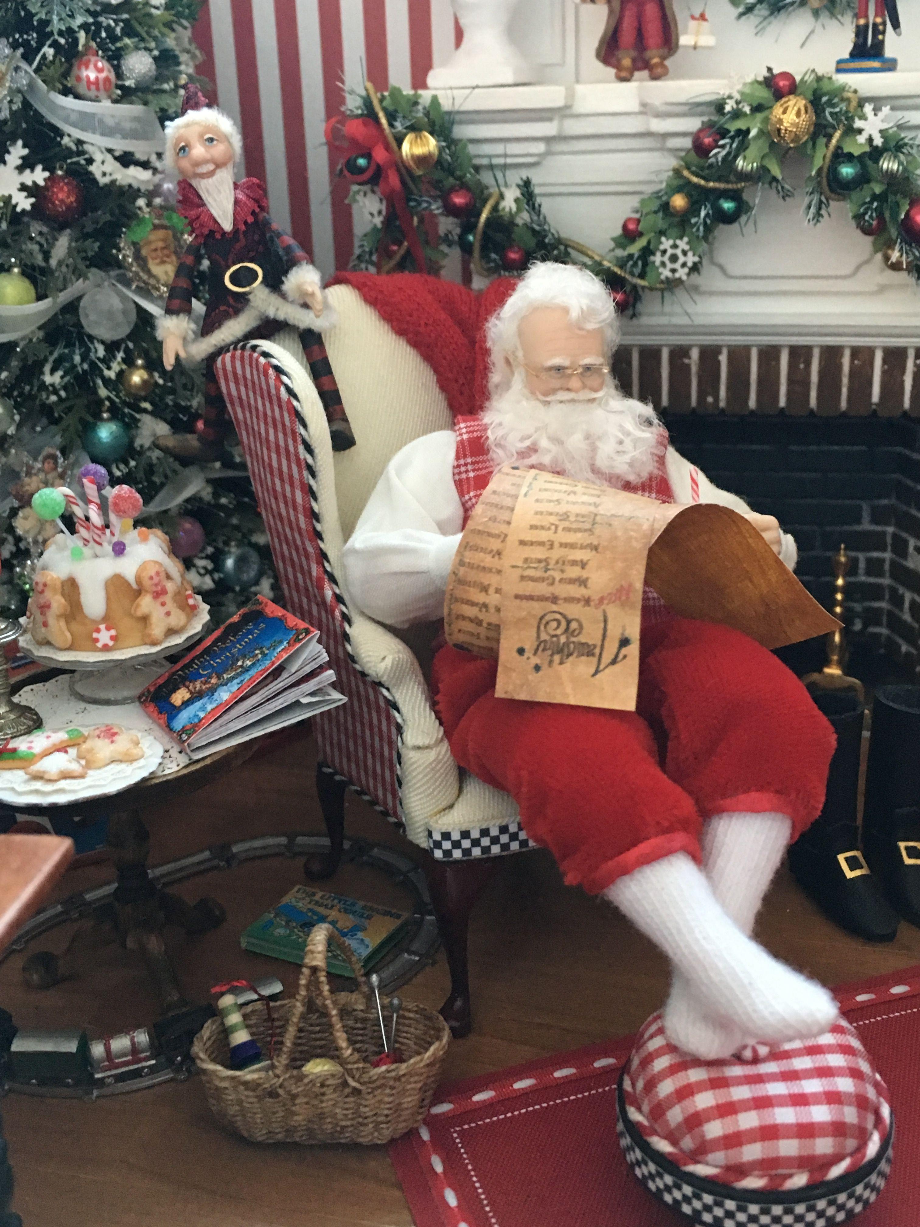 Santa workshop Dollhouse miniature 1:12 Box of Christmas Tree Ornaments