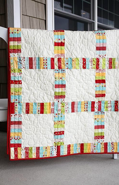 Easy Piecing and Solid Blocks Make a Lovely Quilt   Remera y Manta