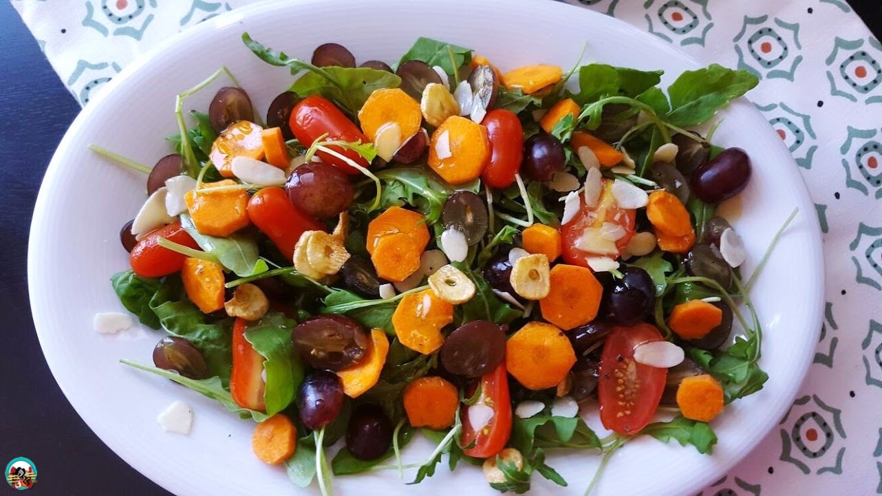 Pásate al verde, al naranja, al rojo o al amarillo..., en otras palabras, añade más frutas y verduras a tu dieta diaria. Están muy buena y...