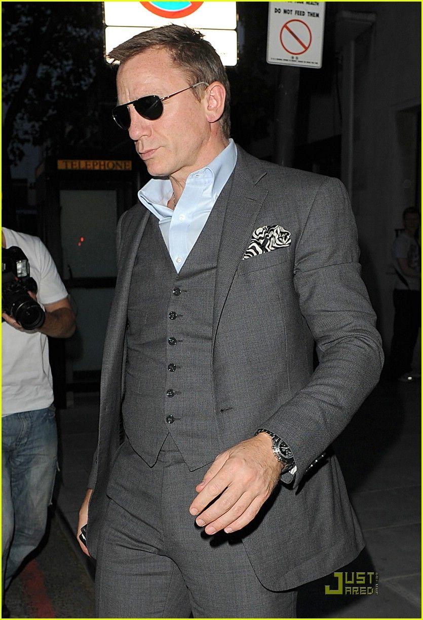 Dark grey suit. Groom | wedding | Pinterest | Gray suit groom ...