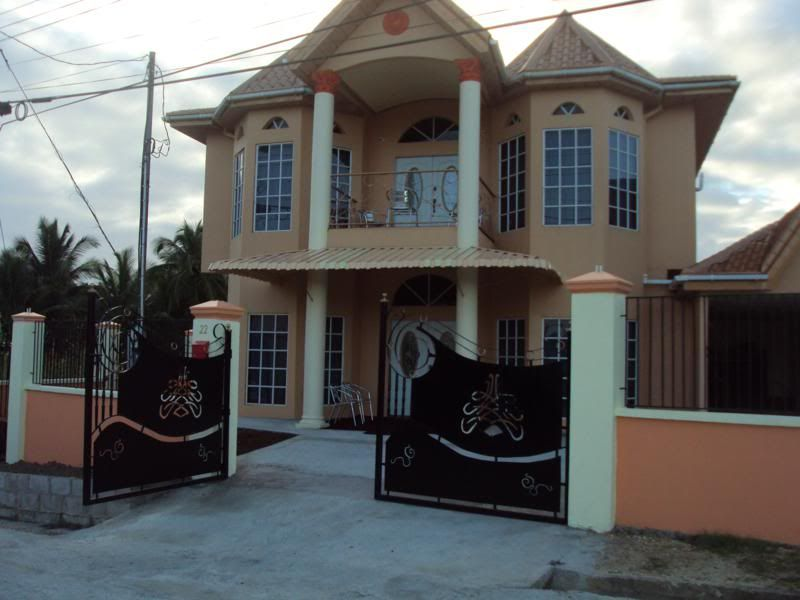 Beautiful Houses In Trinidad And Tobago Homes Apartments For Rent In Trinidad And Tobago Funrnished Luxury House Plans Classic House Exterior House Styles