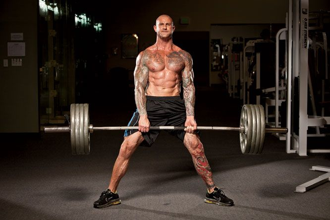 Tips for a Better Deadlift   Muscle and Fitness