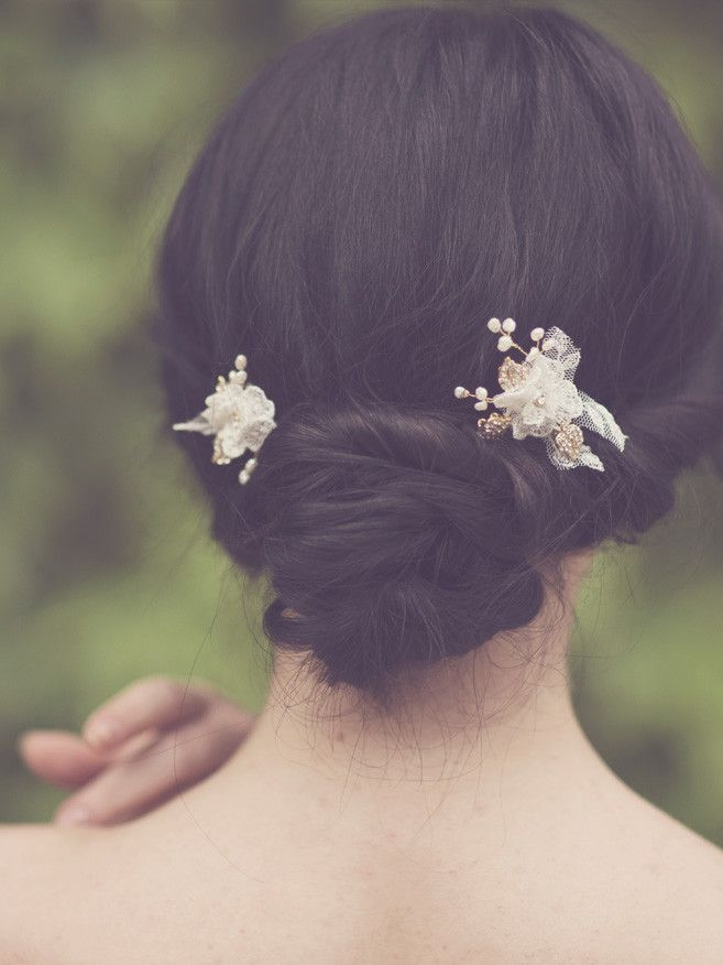 Bridal lace hairpins flower set of two by Elibre handmade