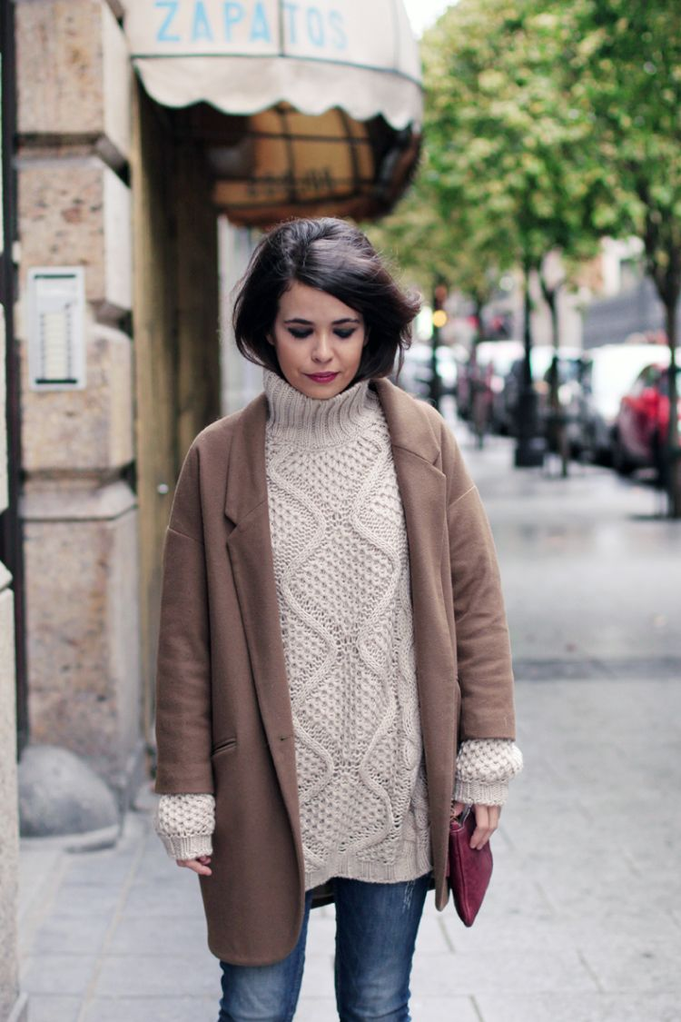 turtle neck sweater oversize coat outfit street style 6 - pictures