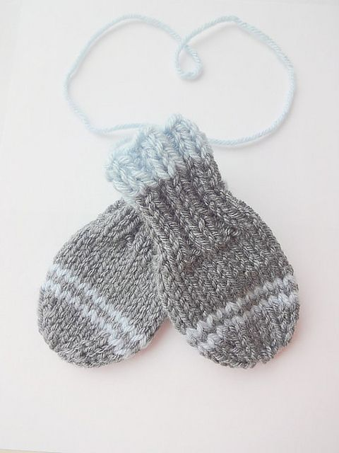 Thumbless Baby Mittens PDF Knitting Pattern pattern by Purl Love Baby mitte...