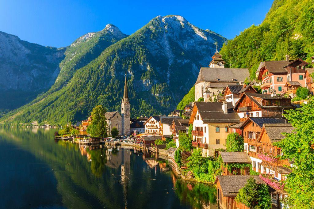 Hallstatt Mountain Village, Austrian Alps puzzle in Great