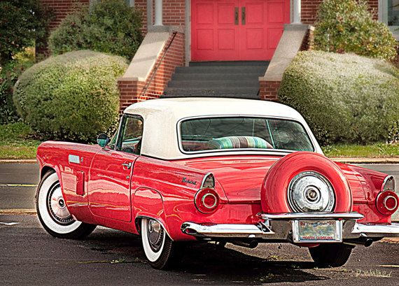 RED THUNDERBIRD Sports Car S Classic Car With Cream Top - Sports cars 50s