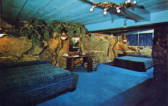 Blue Room Madonna Inn