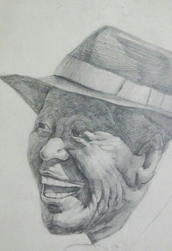 The old man with a smile in pencil drawing. 오래되서 색이 많이 바랬다...