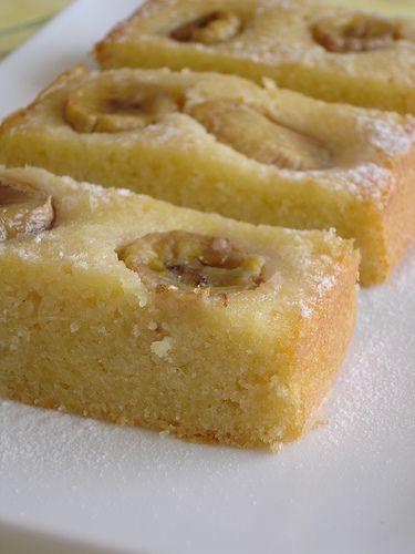 Banana Almond Cake! MMMMM!