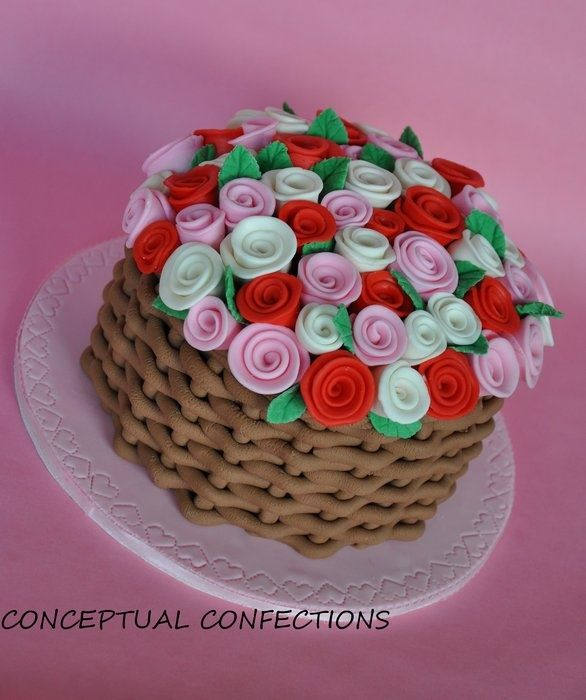 Basket Of Roses Cake Design Made With Red White Pink Fondant Roses In A Fondant Basket Chocolate Basket Cake Basket Basket Weave Cake