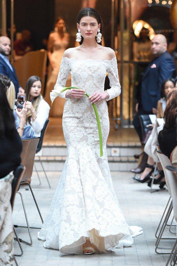 https://www.vogue.com/fashion-shows/bridal-spring-2018/sachin-babi/slideshow/collection