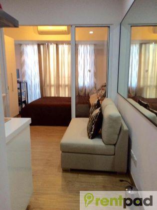 17000 X2f Month 1 Bedroom Fully Furnished 27 0 Sqm Viewing 31 Jan Tue 8pm Acqua Priva Condo Interior Design Small Condo Design Condo Interior Design