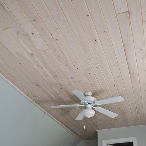 How beautiful is this tongue and groove white wash pine Shiplap tray ceiling