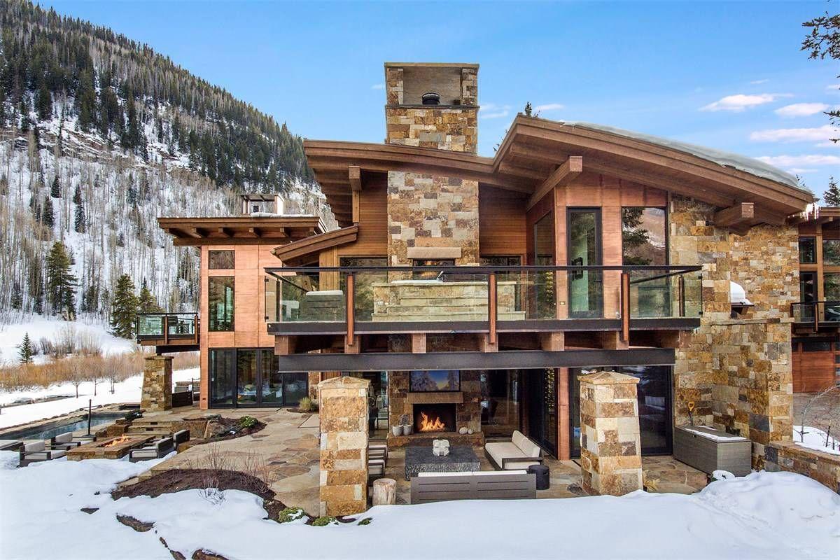 Modern Masterpiece On Gore Creek Vail Colorado Estados Unidos Casa De Lujo En Venta Casas Planos De Casas Grandes Casas Minimalistas Pequeñas