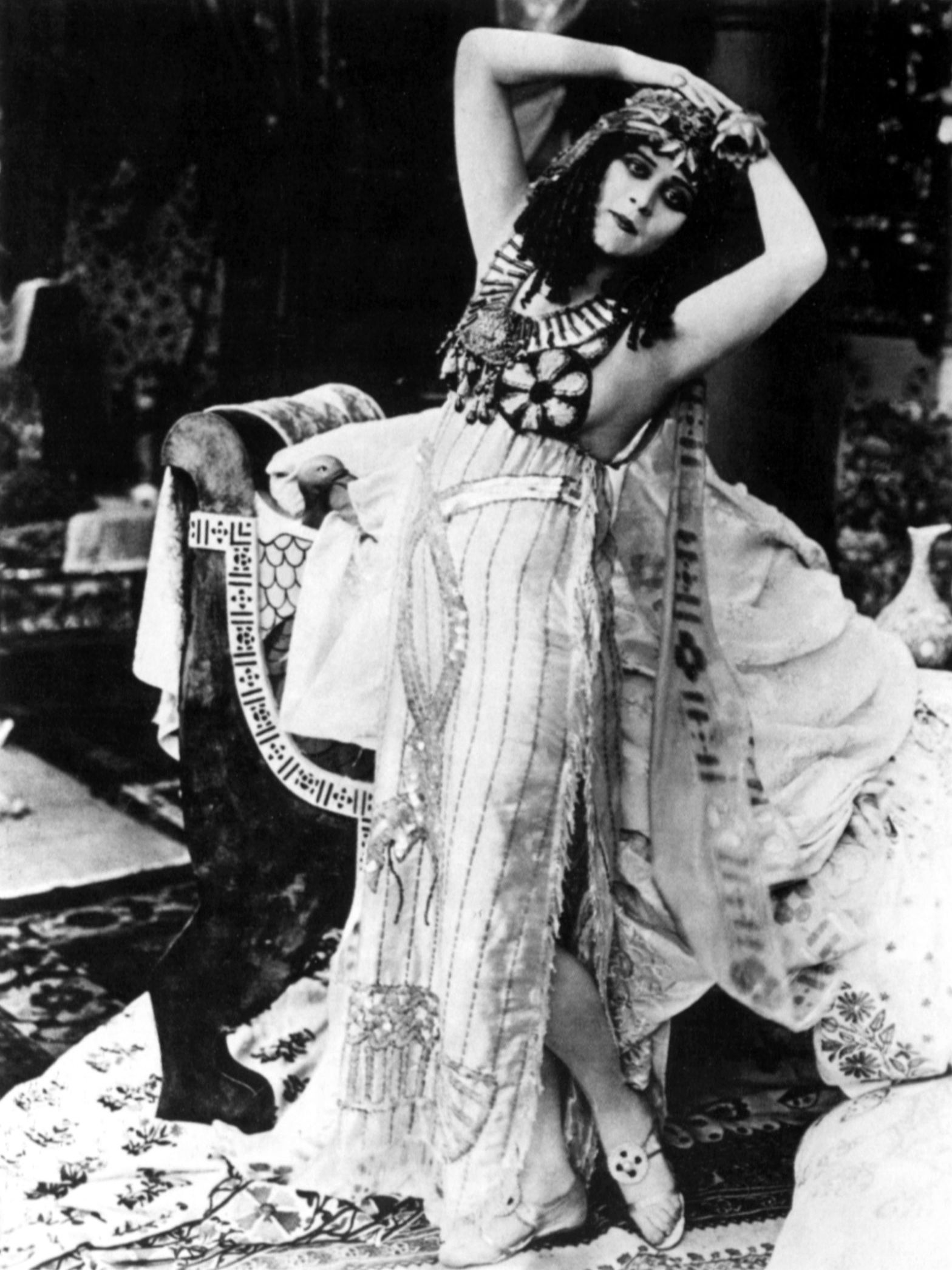 theda bara madame du barrytheda bara marilyn monroe, theda bara cleopatra, theda bara old, theda bara gif, theda bara madame du barry, theda bara, theda bara quotes, theda bara makeup, theda bara wiki, theda bara photos, theda bara youtube, theda bara tumblr, theda bara pronunciation, theda bara maringa, theda bara biography, theda bara house, theda bara salome, theda bara clothes, theda bara biografia, theda bara imdb