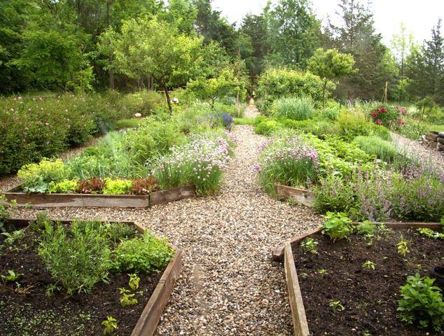 Creer Un Jardin De Simples A La Maniere Des Jardins De Moines Ou
