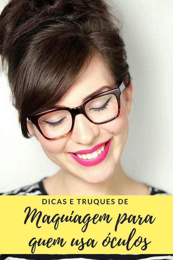 dicas e truques de maquiagem para quem usa óculos. delineado gatinho. batom  rosa. óculos marrom de grau. armação para óculos feminino. e41a51fa7b