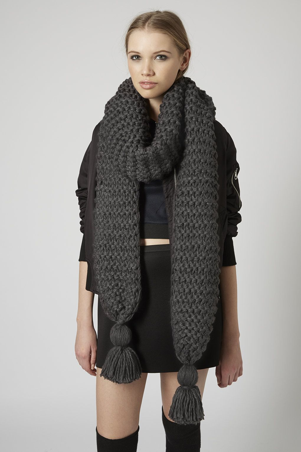 e324727356749 Thick-Knit-Scarf1 22+ Main Scarf Trend Forecast for Winter & Fall 2018