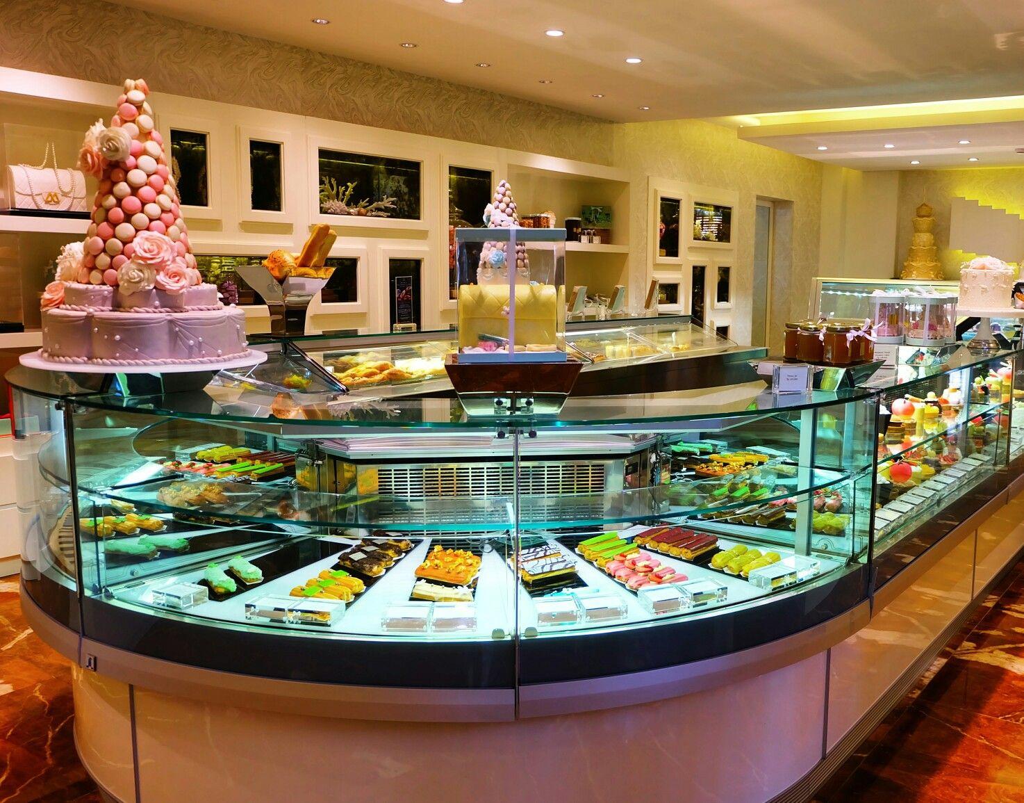 The Cafe cake shop, Mulia Hotel Bali
