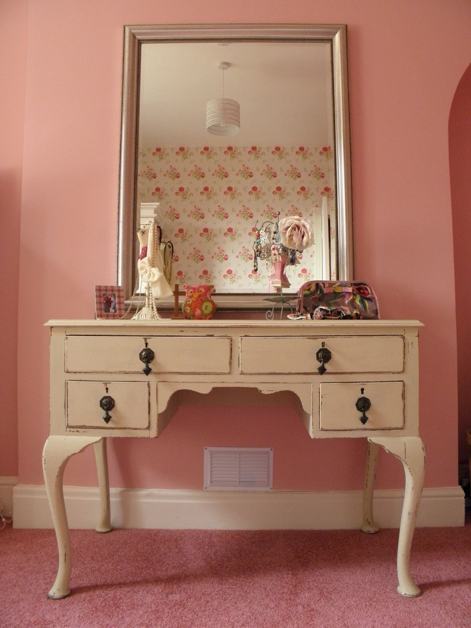 off white vanity table. Furniture Vintage Beige Painted Make Up Table  With 4 Drawers And Black Iron Knob Also Rectangle Stainless Steel Frame Mirror On Pink Bedroom Rug In